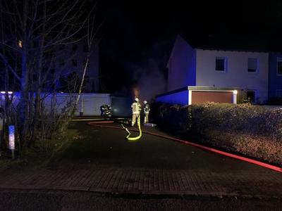 29.12.2017: Nächtlicher Garagenbrand in Quickborn