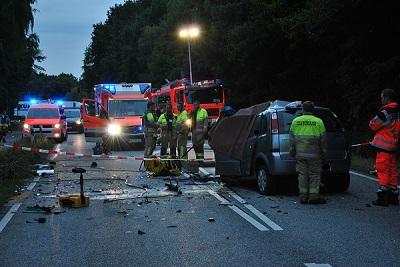 02.08.2018: Feuerwehr im viereinhalb stündigen Einsatz nach tödlichem Verkehrsun