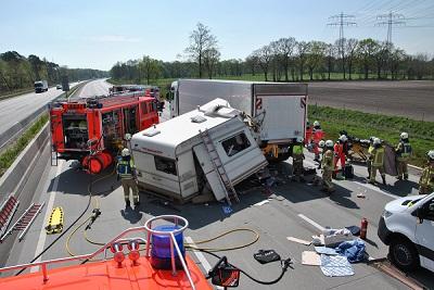 23.04.2019: Schwerer Verkehrsunfall auf der BAB 7 fordert vier Verletzte