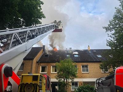 085-2019: 25.05.2019, 19:25 Uhr - FEU 4 - Dachstuhlbrand
