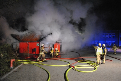 10.04.2017: Teehaus brennt nieder